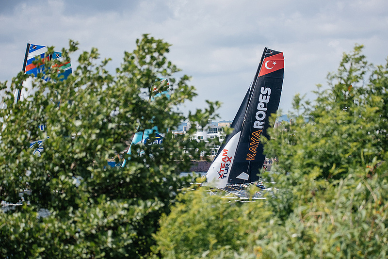 Extreme Sailing Series Act 4 - Cardif, Day 3. 10 quick fire races in Cardiff Bay. Extreme 40s, sailing, Wales, world series, red bull sailing, kaya ropes, gac shipping